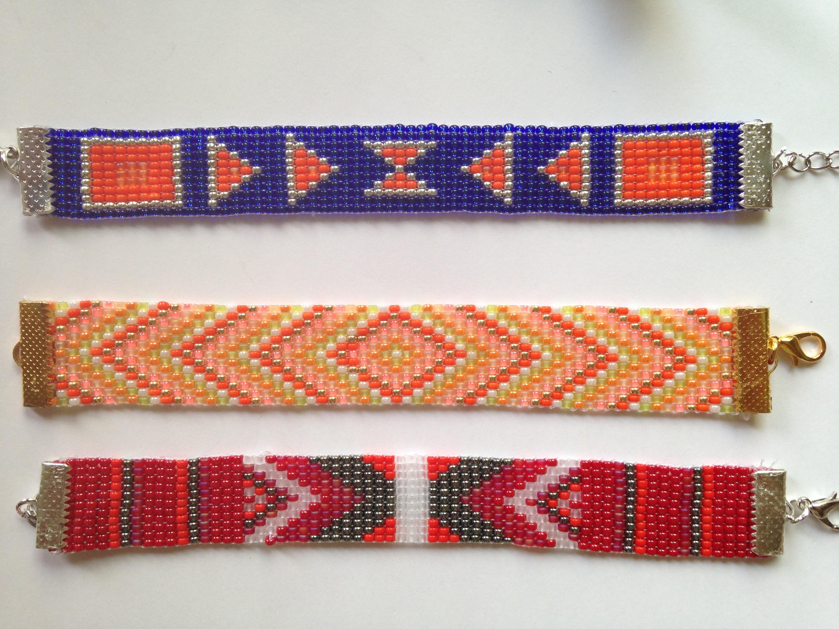 bracelets en tissage de perles coloris vari s miliecreation neya. Black Bedroom Furniture Sets. Home Design Ideas